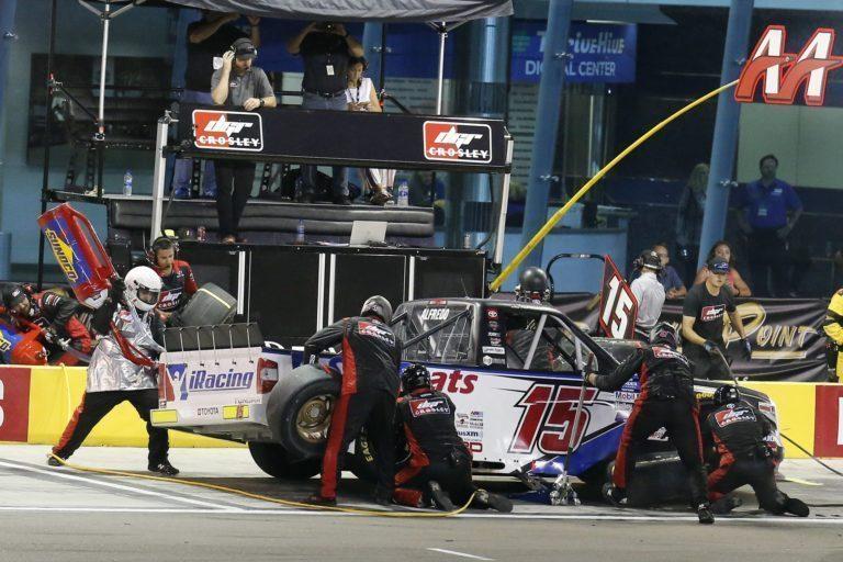 #15: Anthony Alfredo, DGR-Crosley, Toyota Tundra Sim Seats pit stop